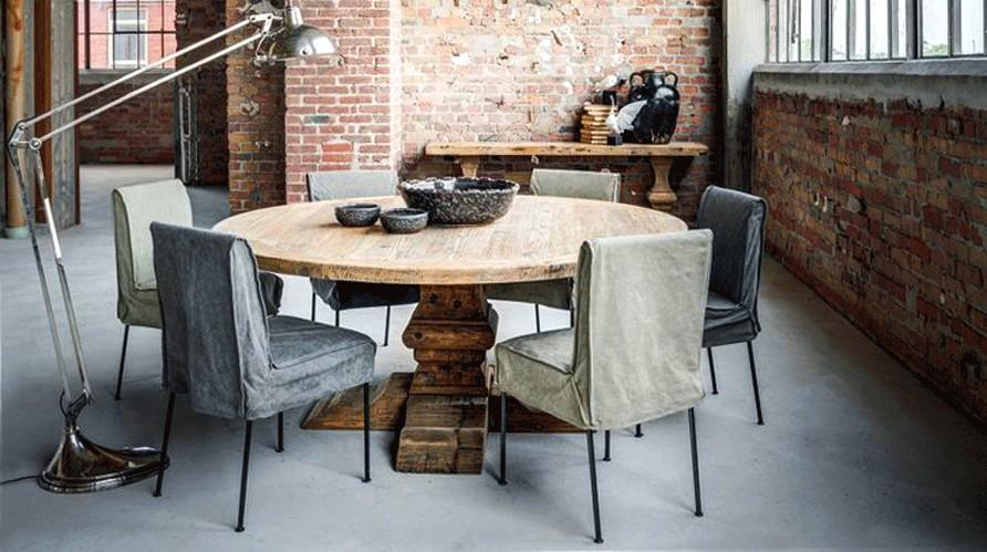 Restaurer Table Monastere