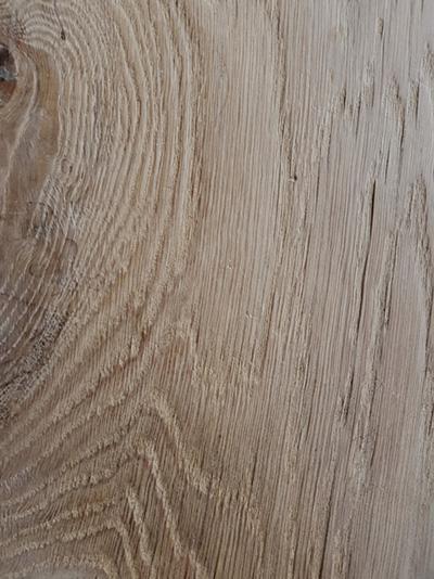 table de salle à manger en chêne massif brut vieilli
